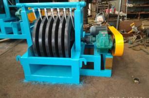 尾矿回收机2台、平板磁选机2台装车发货